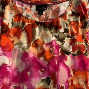 East 5th essentials floral top size 2X